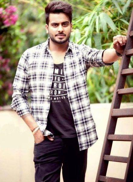 Download Punjabi Singer Mankirt Aulakh Photos 2017 2019