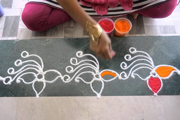 Border rangoli designs for doors images download free for Door rangoli design images new