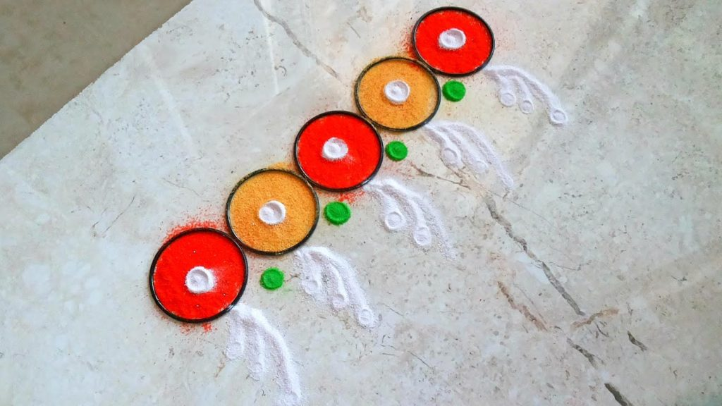 Colourful border rangoli designs for doors download free for Door entrance rangoli designs