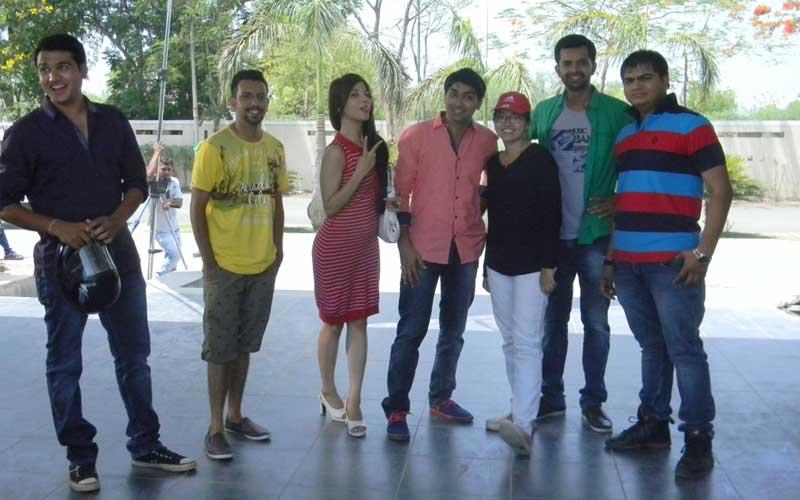 Gujarati film chhello divas stars